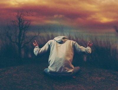 قصيدة سأعلو فوق أحزاني - كتبها : محمد علي ماهر 3