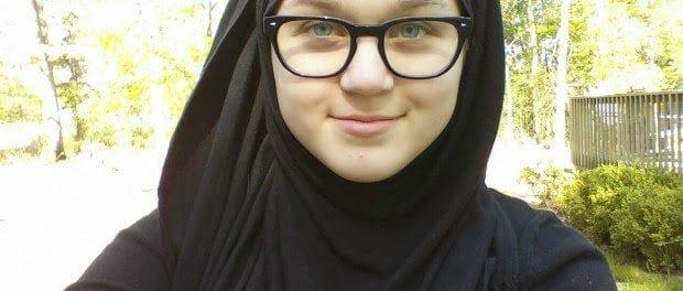 فتاة عمرها 14 عاما تحكي قصة اسلامها تقول: الاسلام أنقذ حياتي 3
