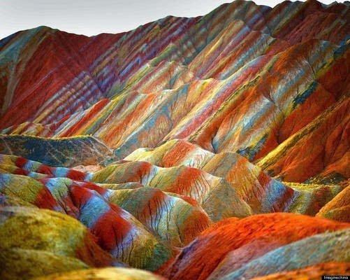 جبال قوس قزح بالصين و جمال طبيعي خلاب 4